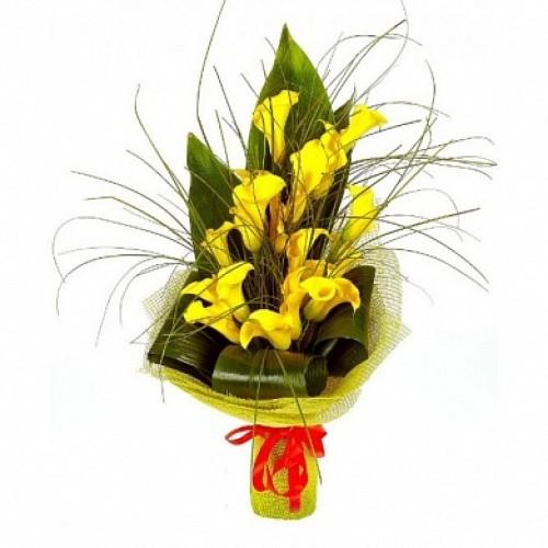 Купить на заказ Букет из желтых калл для мужчин с доставкой в Алматы