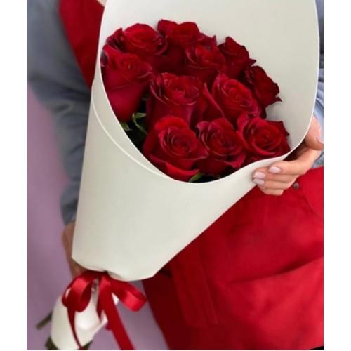 Купить на заказ Букет из 11 красных роз с доставкой в Алматы
