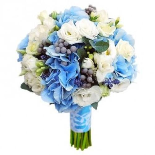 Купить на заказ Букет невесты из гортензий, фрезий и эустом с доставкой в Алматы