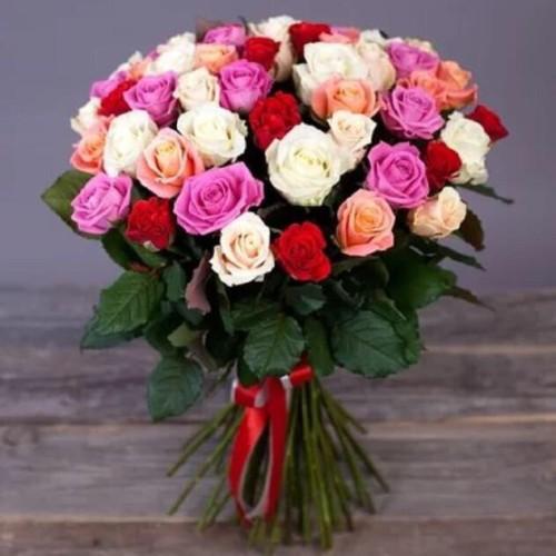 Купить на заказ Заказать Букет из 31 розы (микс) с доставкой по Алматы с доставкой в Алматы
