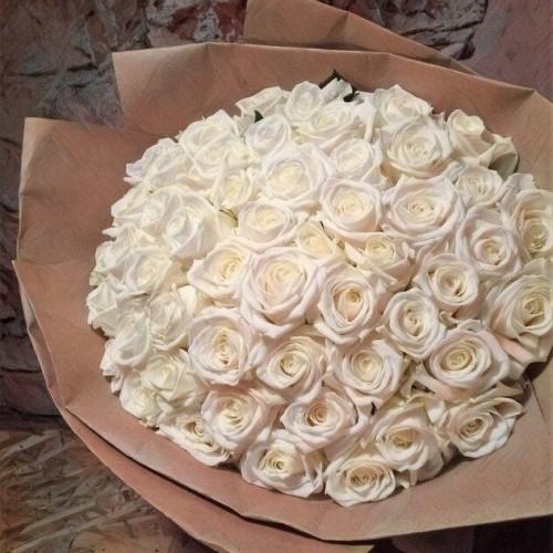 Купить на заказ Заказать Букет из 101 белой розы с доставкой по Алматы с доставкой в Алматы